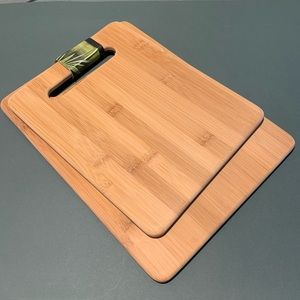 NWOT Set of Two Bamboo Cutting Boards